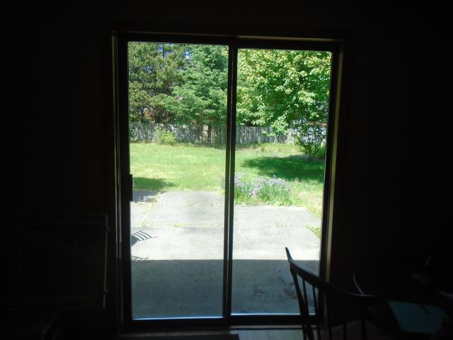 Warrenton, OR - We replaced 1 patio door for this sweet Warrenton home!