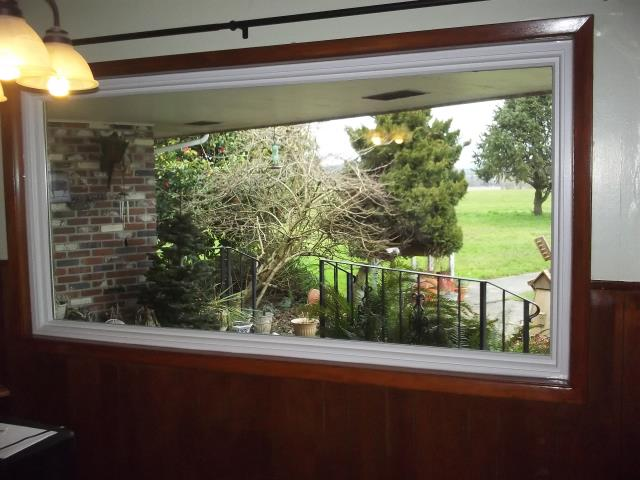 Yamhill, OR - We replaced 3 windows and 2 patio doors for this home in Yahill!