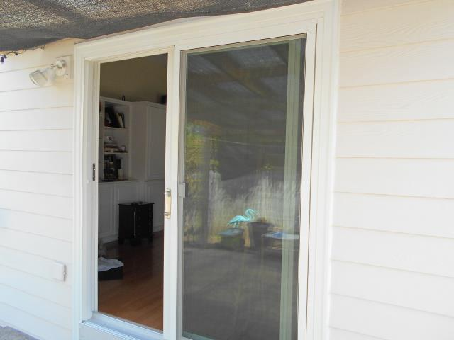 Keizer, OR - We installed a gorgeous replacement patio door for this home!