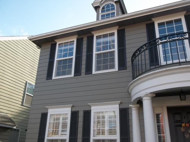 Salem, OR - We did a full home replacement for the 22 windows in this gorgeous Salem place!