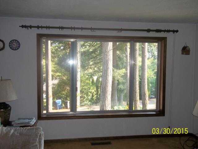Salem, OR - We installed 3 replacement windows for this lovely home!