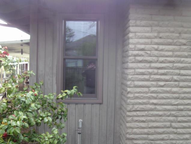 Albany, OR - We installed 10 replacement windows and 2 patio doors for this Amazing Albany home!