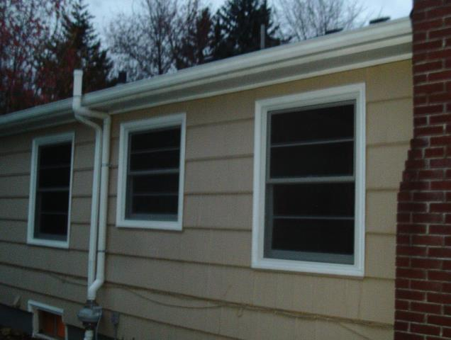 Aumsville, OR - We did a full window replacement for this home with a 30 window project!