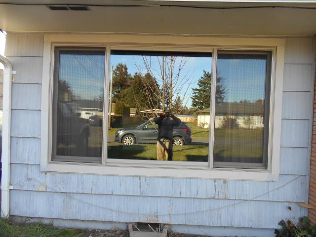 Dallas, OR - We installed 12 replacement windows for this lovely home!
