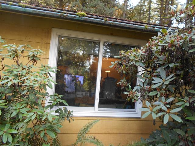 Monmouth, OR - We replaced 11 windows for this lovely home in Monmouth!