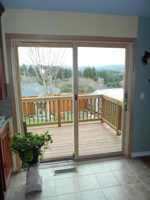 Lincoln City, OR - We installed 9 replacement windows and 1 patio door for this home!