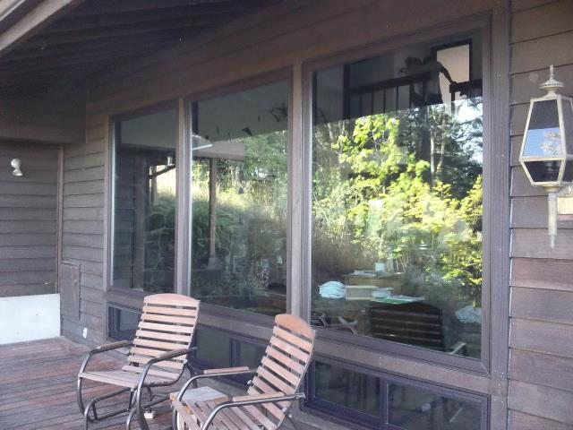 Eugene, OR - We installed 16 replacement windows and 2 patio doors for this home!
