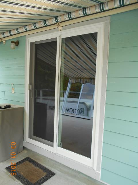 Creswell, OR - We installed 1 patio door at this home!