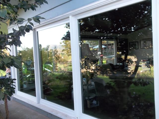 Pleasant Hill, OR - We installed 14 replacement windows for this home!