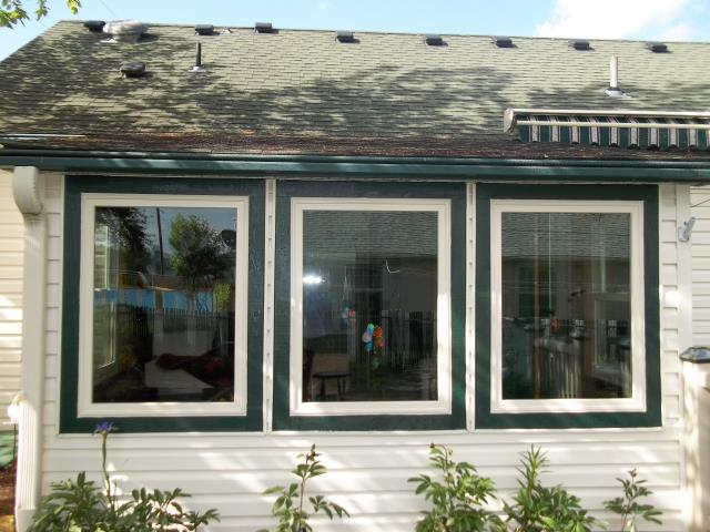 Monroe, OR - We installed 14 windows and 1 patio door for this home!