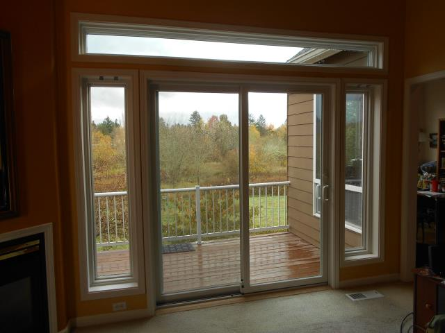 Beaverton, OR - We installed 1 patio door and 4 gorgeous new replacement windows for this home!