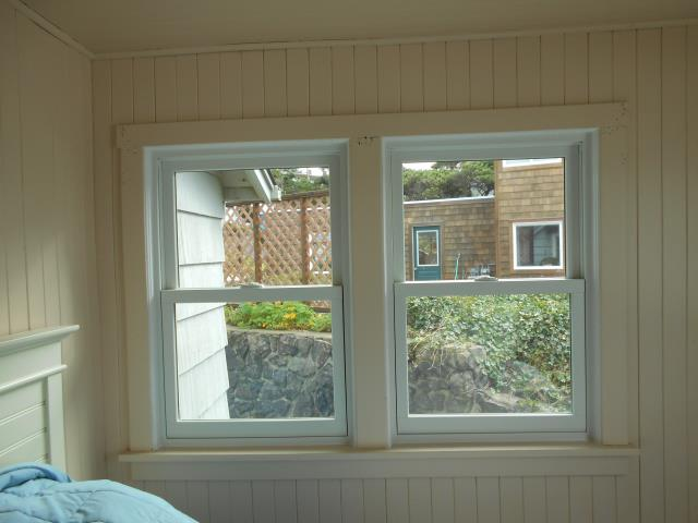 Lincoln City, OR - We installed 24 replacement windows for this amazingly beautiful home on the coast of Lincoln City.