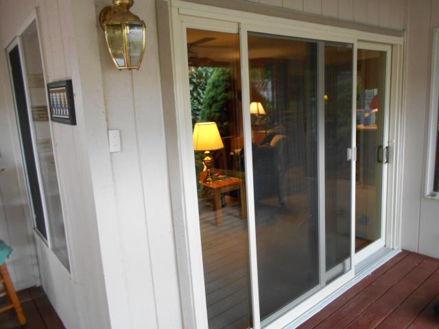 We installed 1 beautiful sliding glass door replacement for this amazing home in Ridgefield!