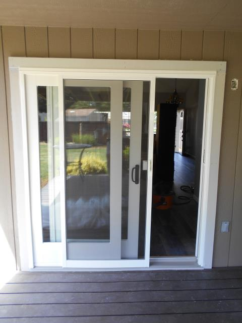 Albany, OR - We custom built this gorgeous gliding glass patio door for our great customers in this Albany home!