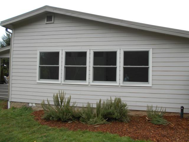 Molalla, OR - We replaced 13 windows with Andersen Series 1 for this great Molalla home!