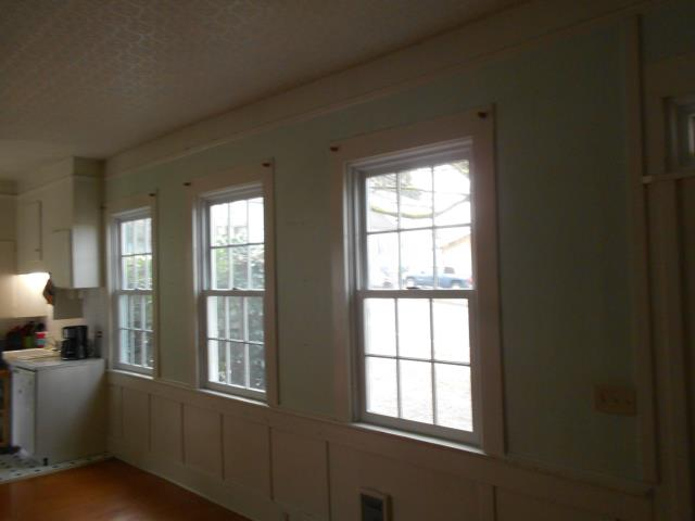 Oregon City, OR - We did a full window replacement for this home with 20 new Andersen perfectly framed for each cut out.