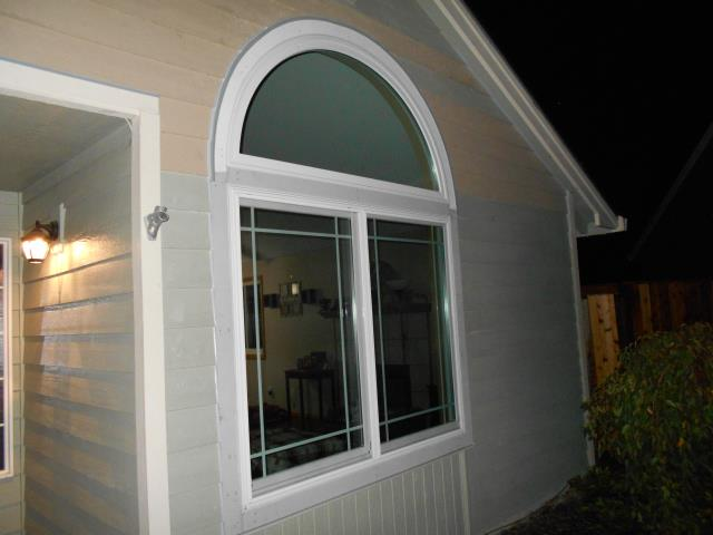 Cornelius, OR - We installed 3 windows and a specialty window for a window replacement project for this home!
