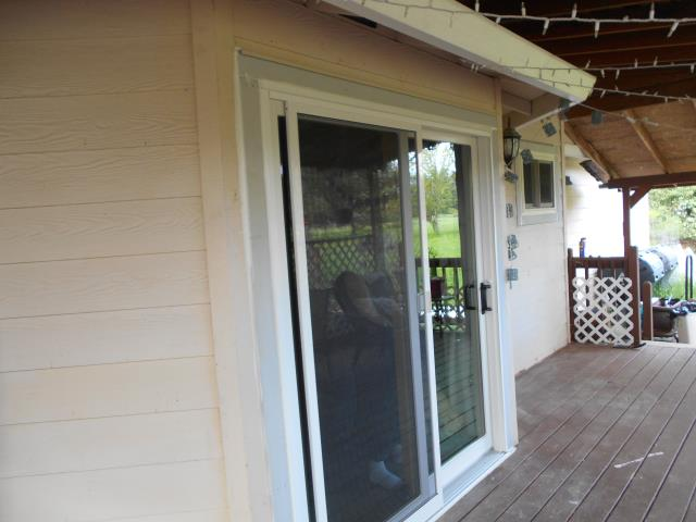 We installed 12 replacement Renewal by Andersen windows and 1 sliding glass patio door for this wonderful home!
