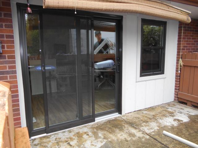Our master certified installation crew installed a replacement patio door along with a Renewal by Andersen replacement window for this home in Tigard, OR!