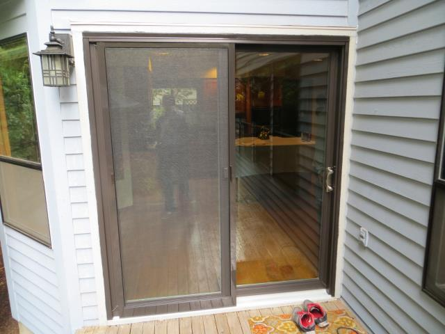 Our professional install team replaced a gliding patio door for this home in Tigard.
