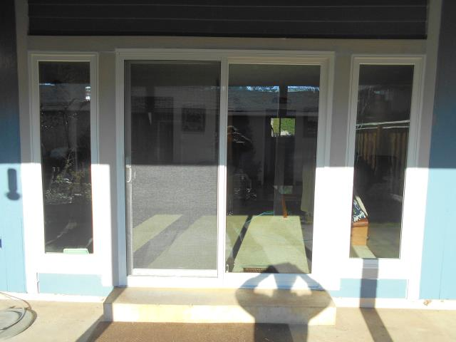 Vancouver, WA - We installed 3 sliding glass patio doors replacing their old ones as well as 5 replacement windows!