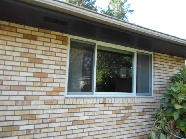 We installed 4 replacement windows for this perfect Stayton house!