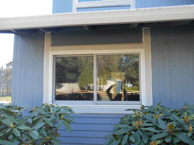 We installed 5 replacement windows and 3 patio doors for this amazing home in Vancouver!