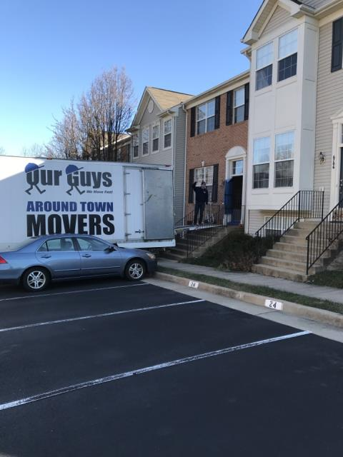 Falls Church, VA - Our Guys packing and moving a Townhouse today