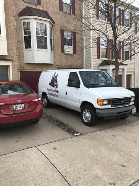 Herndon, VA - Finishing up a local move to a townhouse today.
