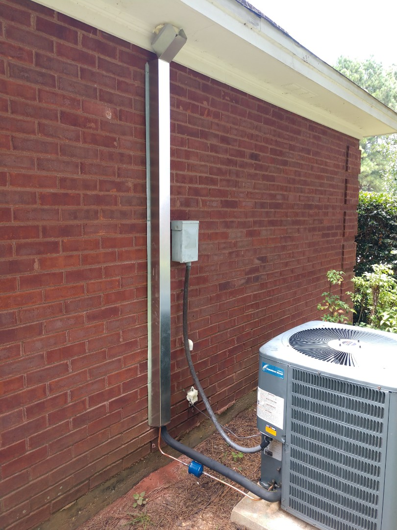 Replace line set on Goodman air conditioner.