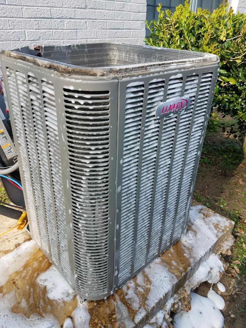 Millbrook, AL - Cleaning Lennox condenser coil
