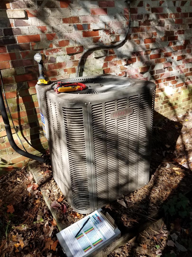 Heating maintenance on Lennox system in Prattville