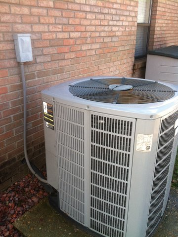 Prattville, AL - an american standard heatpump hvac check for client closing on the selling of his house