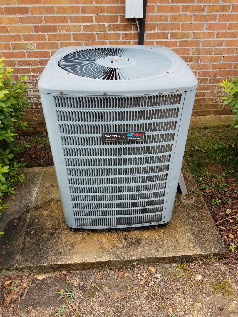 Coosada, AL - Goodman condenser air conditioning maintenance/ Coosada, AL