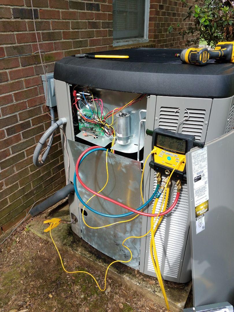 Montgomery, AL - Lennox condenser air conditioning maintenance in Montgomery