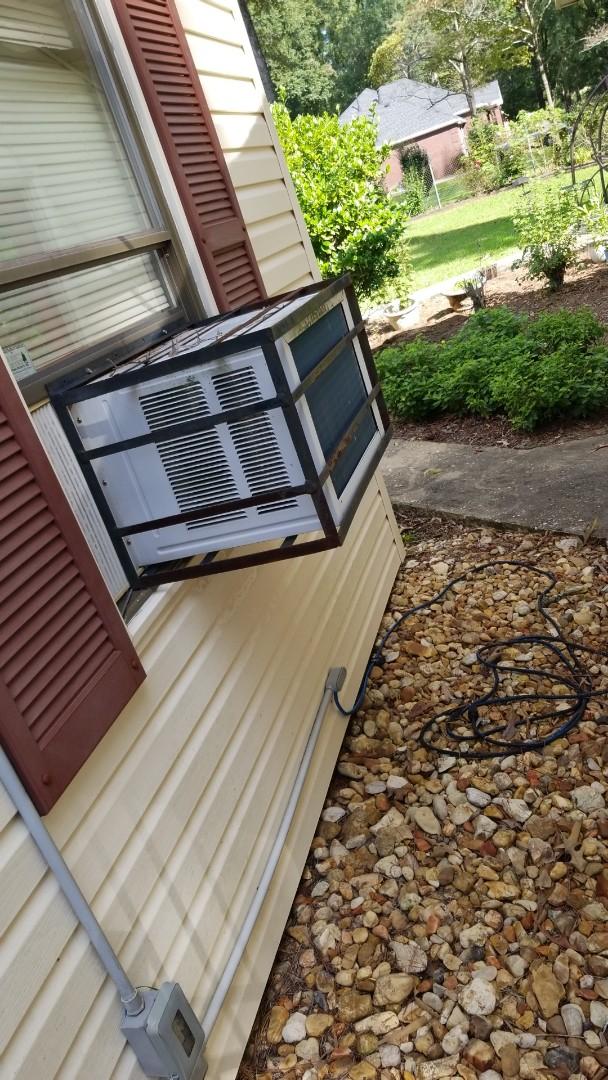 Coosada, AL - Central air conditioning conversion