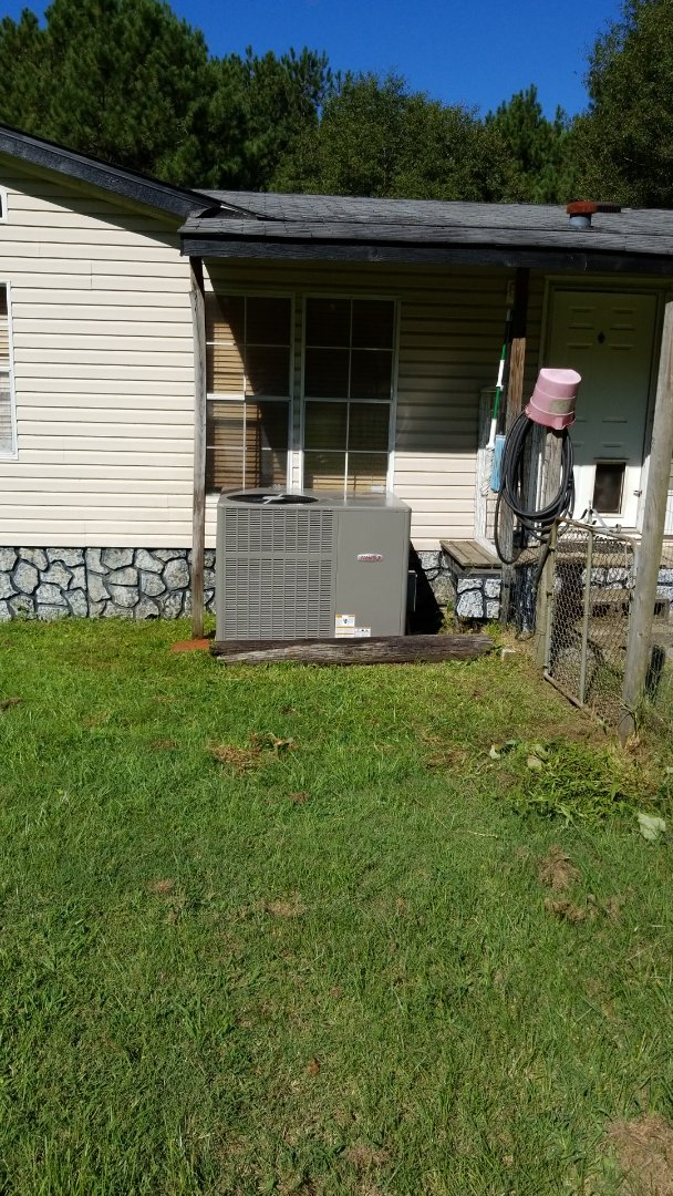 Tallassee, AL - Package air conditioner