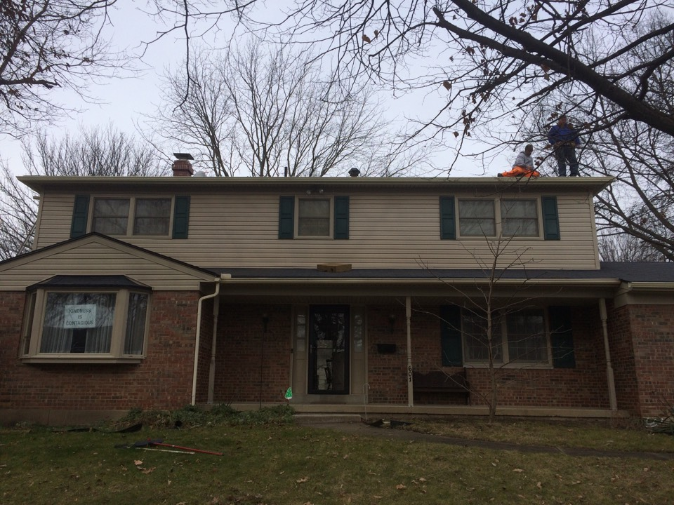 Kettering, OH - Gutter job and fascia replacement Scott sold to a real nice lady .