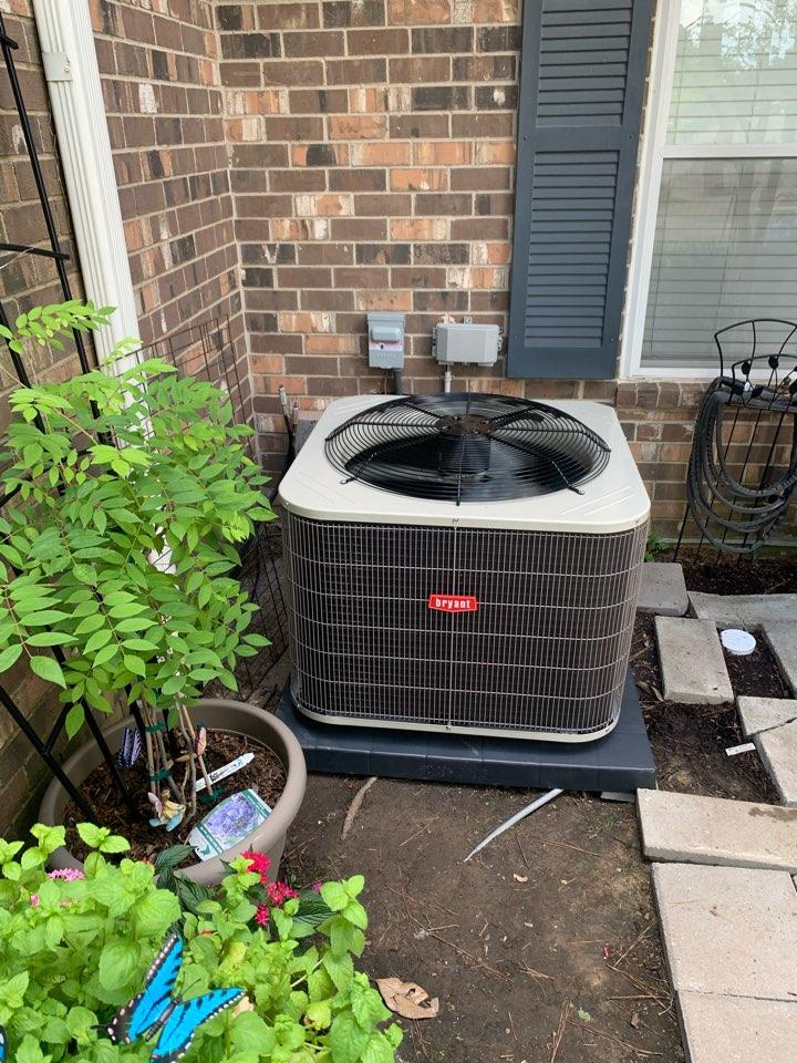 Baton Rouge, LA - Installed 3 Ton, 16 seer condenser