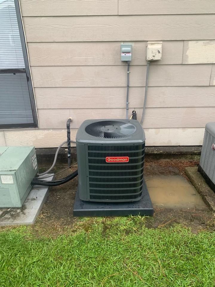 Baton Rouge, LA - Installed condenser