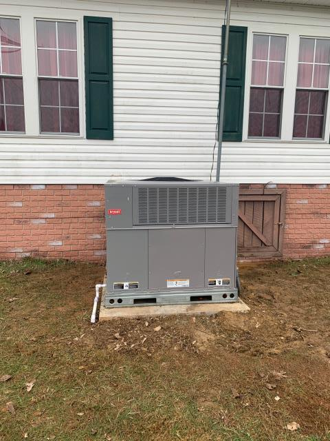 Brownsville, KY - Installed a Bryant 15 SEER package heat pump in Edmonson County, KY.  Improved comfort with the 2 stage compressor operation, along with lower electric bills.