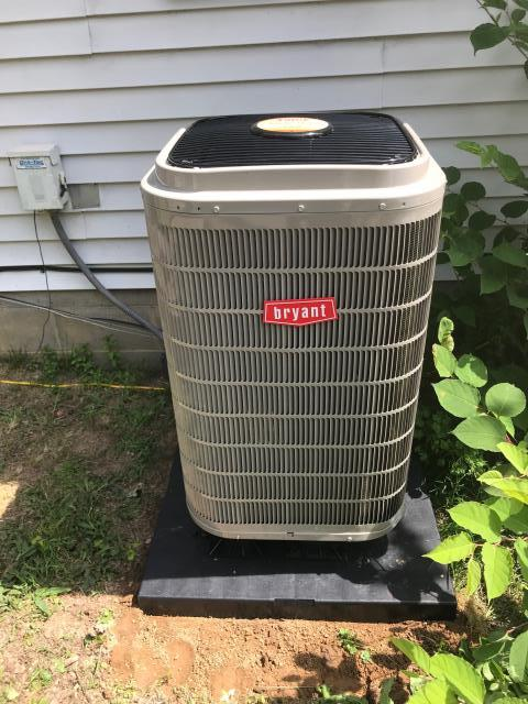 Morgantown, KY - Installed high efficiency Bryant 288 Heat Pump in Morgantown, KY.  Replaced a 15 year old York Heat Pump.  TVA heat pump financing available / provided through WRECC.