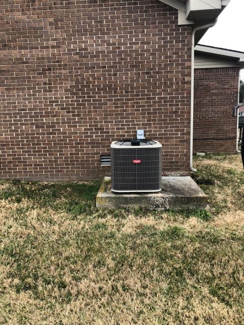 Franklin, KY - Bryant Air Conditioning System installed in Franklin, KY.  Bryant BA14 model, 14 SEER.