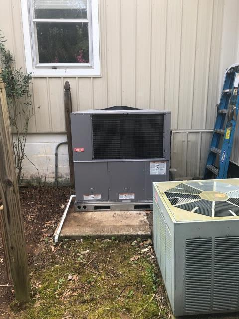 Morgantown, KY - An old Heil Gas Package Unit failed and was replaced with a new Bryant Gas Package Unit.  Higher efficiency, lower operating costs / utility bills.  Years of trouble free service.  Air Conditioning Morgantown, KY in 2021.