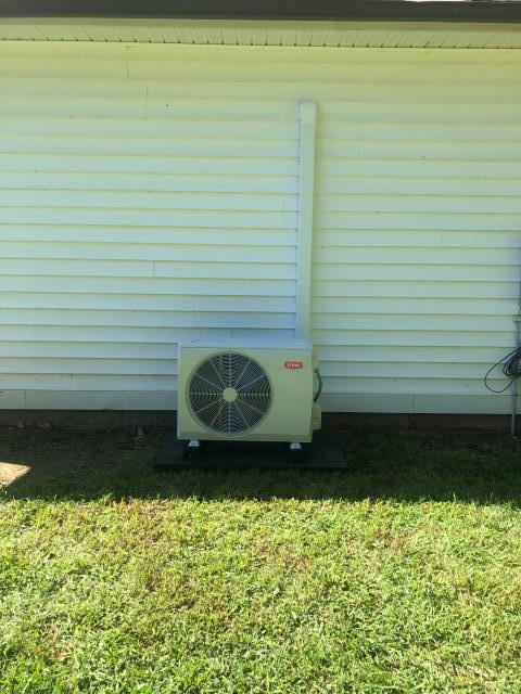 Alvaton, KY - Adding Heating and Air Conditioning to Garages is a great application for Bryant Mini Split Heat Pump (Bryant Ductless Systems).  Another great line hide job.  Air Conditioning Alvaton, KY in 2021.