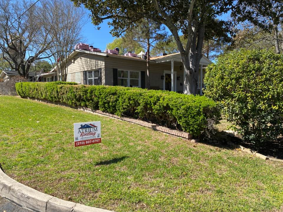 San Antonio, TX - We are very excited to be able to work in Alamo Heights TX. As usual, Roofing done the right way! We've found 5 different layers of felt paper under existing shingles. Bringing new shingle roof up to building code.