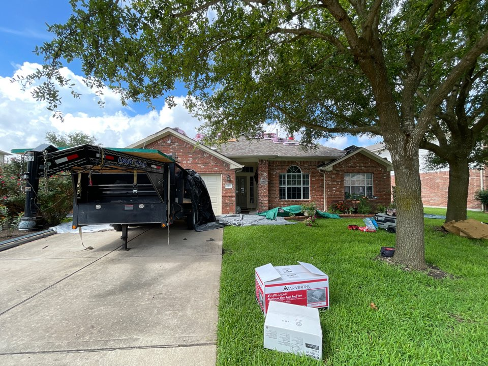 Pflugerville, TX - Atrium Roofing, Roof Replacement, Pflugerville, Platinum Contractor , BBBA+, TX 78660