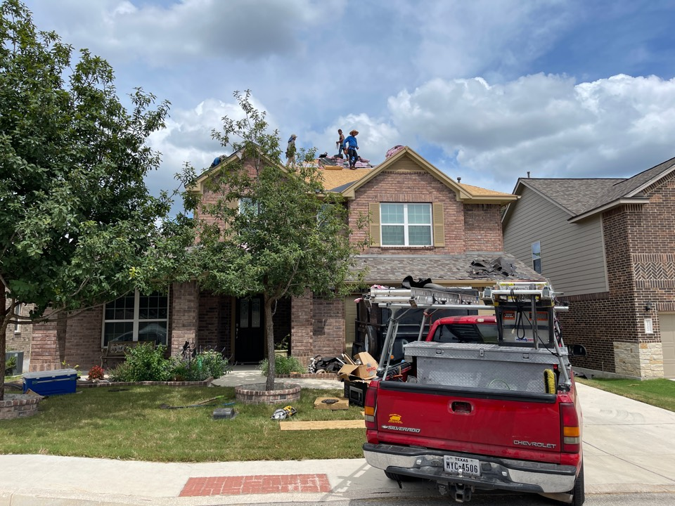San Antonio, TX - Atrium Roofing, Roof Replacement,SanAntonio, Local Company, Platinum Contractor , BBBA+, TX 78245