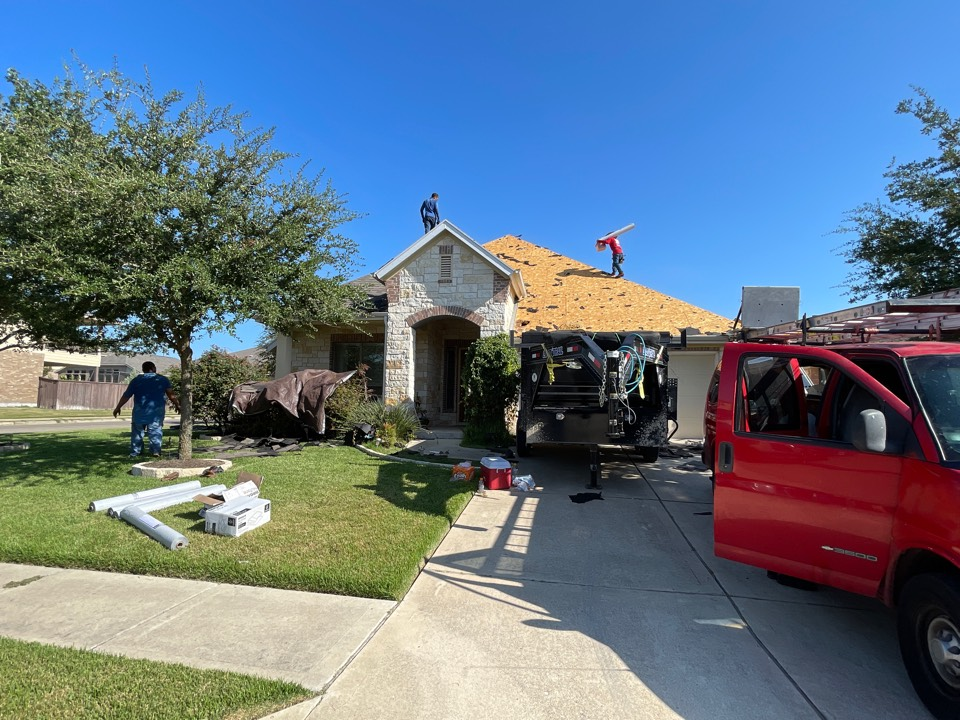 Pflugerville, TX - Atrium Roofing, Roof Replacement,Pflugerville,Local Company, Platinum Contractor , BBBA+, TX 78660