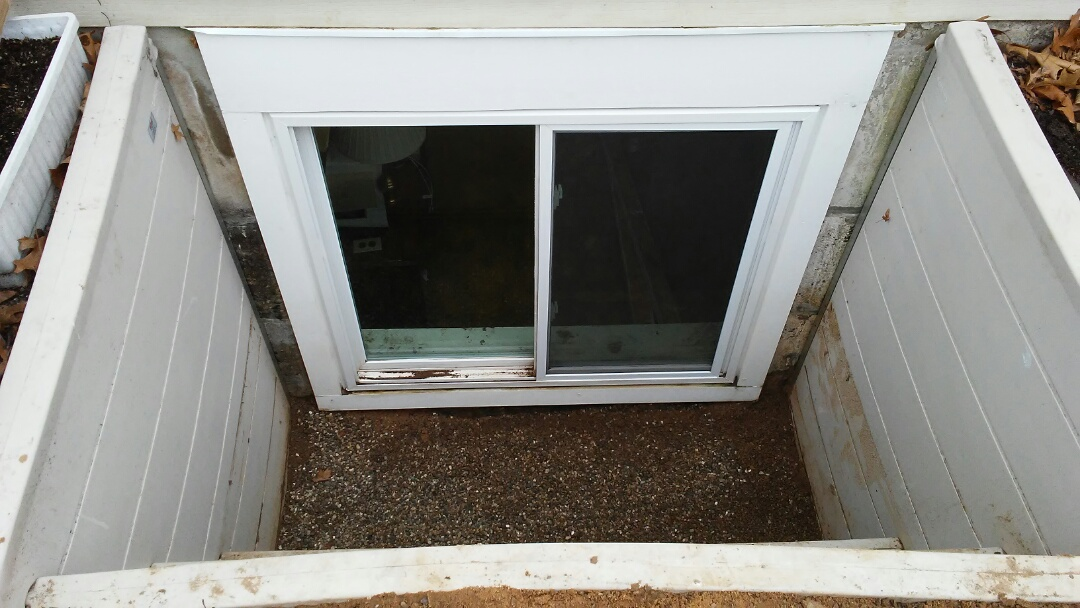 Grand Rapids, MI - Well window repair.